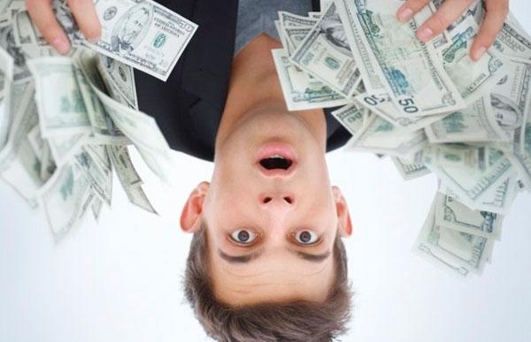 Как научиться управлять своими деньгами?
